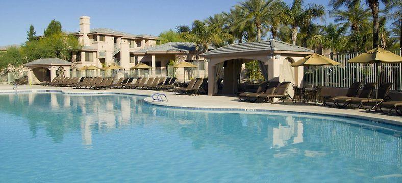 Detta lägenhetshotell med spa har 3,5 stjärnor och ligger i Scottsdale.